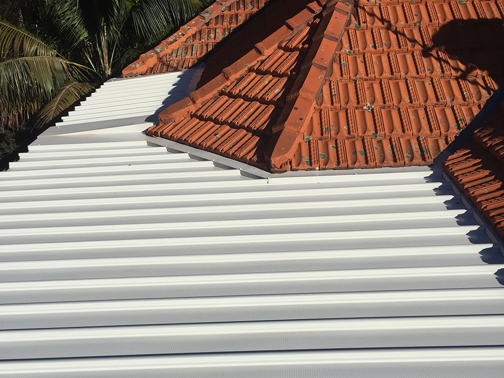 After - Metal Roof With Water With Colourbond Roof